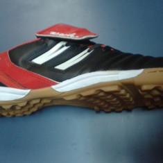 Adidasi fotbal de sala si teren sintetic - Ghete fotbal, Marime: 39, 40, 41, 42, 43, 44, 45, Culoare: Negru, Barbati, Sala: 1, Teren sintetic: 1