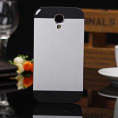 Husa metal si plastic carcasa Samsung Galaxy S4 + folie ecran - Husa Telefon Samsung, Argintiu