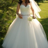 Rochie de mireasa Fashion Princess - Rochie de mireasa printesa