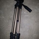 Trepied telescopic ,pliabil ,pentru foto -video