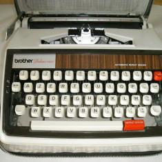 Masina de scris Brother Deluxe 1350(lipsa una tasta)+banda noua de scris