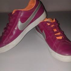 Tenesi Nike Second Hand - Tenisi dama Nike, Culoare: Din imagine, Marime: 38