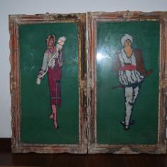 Doua tablouri goblen foarte vechi cu vanator si femeia care toarce lana mari - Tapiterie Goblen