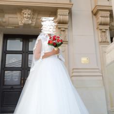 Vand Rochie de mireasa deosebita, model 2014, tip printesa, Rochii de mireasa printesa
