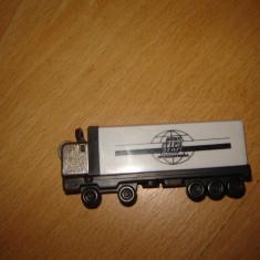 Bricheta de colectie camion