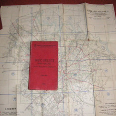Bucuresti - Ghid Oficial cu 20 harti pentru orientare + 2 harti format mai mare atasate
