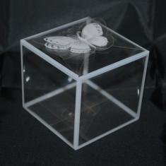 Marturii nunta/botez cutie transparenta cu margini albe marturie cutiuta cutii