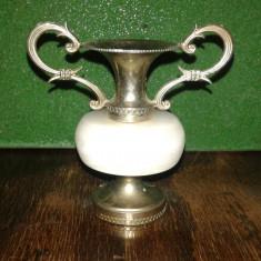 Vaza veche mica decorativa din metal si marmura 2+1 GRATIS