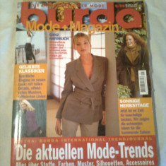 REVISTA MODA ~ BURDA  Nr. 9/1998 ( cu tipare + insert cu traducerea in limba romana a revistei )