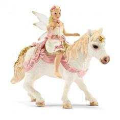 Figurina Schleich - Elf Crin. Calarind pe Ponei - 70501 - Beyblade
