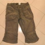 Pantaloni sport de dama, marca H&M, ideali vara sau primvara, treisferturi, marimea 38 - Pantaloni dama, Marime: M, Culoare: Gri, Bumbac