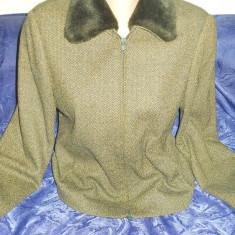 Haina (sacou) dama, stare excelenta, Marime: 38, Culoare: Verde, Lana