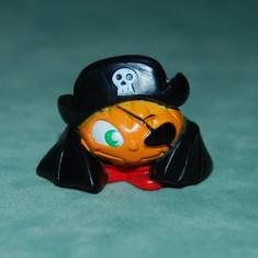 Figurina jucarie, dovleac pirat, film desen animat, 2.5x 3 cm, plastic, colectie - Surpriza Kinder