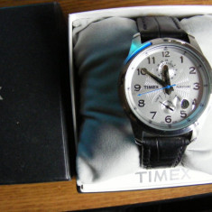 Timex automatic Power Reserve Indicator NOS - Ceas barbatesc Timex, Mecanic-Automatic, Inox, Piele, Indicator rezerva de putere