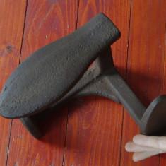 Scule - unelte ------ Nicovala veche pentru cizmarie - cal - calapod !!!! - Metal/Fonta