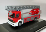 Herpa autospeciala cu scara functionala Mercedes ATEGO drehleiter Private Collection 1:87