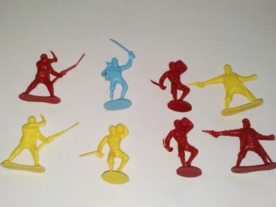 Lot 8 figurine de plastic - pirati - China foto