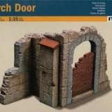 + Macheta 1/35 Italeri 409 - Church Door + - Macheta auto
