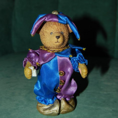 Jucarie figurina urs / ursulet RUSS arlechin, bufon, claun, clovn 13 cm, - Bibelou