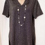 Bluza neagra cu fir argintiu, de ocazie, marimea XL