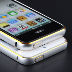Bumper argintiu din aluminiu margine aurie lucioasa pentru iphone 5 + folie ecran cadou - Bumper Telefon, iPhone 5/5S