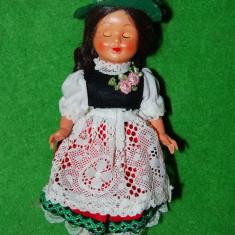 Papusa /papusica etno, costum traditional austriac (tirolez, german), 18cm