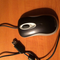 Microsoft Comfort Mouse 1000, USB, Optica, Sub 1000