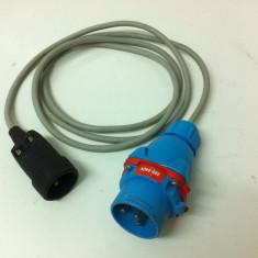 Prelungitor - Adaptor de la 220 V la 380 V de 2, 5 Metri - Cablu si prelungitor
