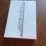 Apple iPad Mini 2, Ecran Retina, White (Alb) 16GB, Wi-Fi, Silver, Ambalaj original SIGILAT