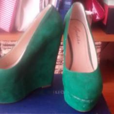 Pantofi cu platforma inalta verzi - Pantof dama, Culoare: Verde, Marime: 36, Piele intoarsa, Corai