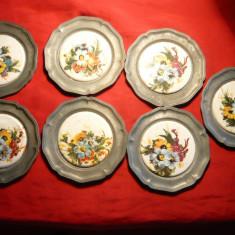 Set 7 Farfurioare ornamentale, de perete, D= 10 cm, D.majolica = 6, 8 cm