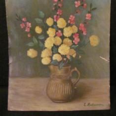 """PVM - """"Vas cu Flori"""" ulei pe carton semnat E. Mnatacanian / foarte frumos"""
