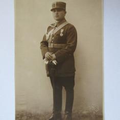 FOTOGRAFIE CHISINAU OFITER FERDINAND IN UNIFORMA DE GALA - Fotografie veche