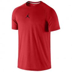 Jordan Dominate 2.0 T-Shirt | Produs 100% original | Livrare cca 10 zile lucratoare | Aducem pe comanda orice produs din SUA