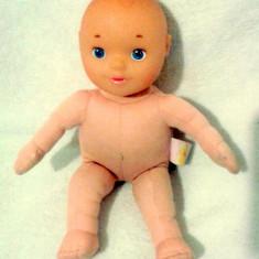 Bebelus cu cap plastic de la Chicco 32 cm - Super Pret