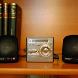 MINI BOXE PORTABILE AMPLIFICATE SONY, IMPECABILE (pentru: minidisc walkman, md, mp3, PC, produs aproape nou)