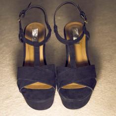 Platforme ZARA Trafaluc nr. 37 - Sandale dama Zara, Culoare: Negru, Piele intoarsa