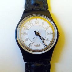CEAS Swatch RAISSA LB131 - Ceas dama Swatch, Sport, Quartz, Piele, Analog, 1970 - 1999