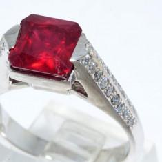 Inel aur 14k cu rubin african si diamante VS, 46 - 56