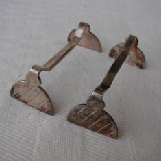 Doua suporturi din alpacca pentru tacamuri - Argint