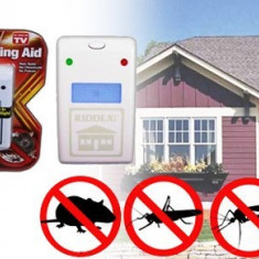 Aparat anti rozatoare gandaci si insecte Pest Repeller - Aparat antidaunatori
