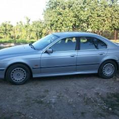Dezmembrez BMW E39 ( Seria 5 ) motor 2000 benzina in stare foarte buna - Dezmembrari BMW