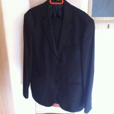 Vand costum Hugo Boss negru marime 50 - Costum barbati Hugo Boss, Lana