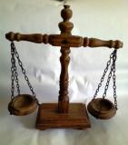 Balanta decorativa din lemn model deosebit 40cm/34cm