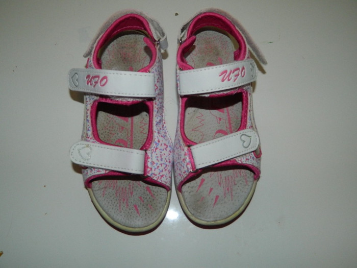 Sandale, sandalute pentru fetite, marimea 33, marca Ufo, foarte comode