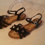 Sandale cu floricele - Sandale dama, Culoare: Negru, Marime: Alta, Piele sintetica