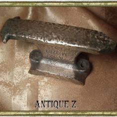 Nicovala mica bronz masiv, antica, sec 19 - Metal/Fonta, Altul