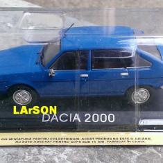Macheta metal DeAgostini Dacia 2000 NOUA+revista Masini de Legenda nr.63 - Macheta auto, 1:43