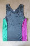 Tricou Asics; marime L: 52 cm bust, 72 cm lungime; stare excelenta, Maneca scurta