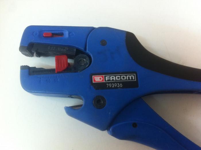 FACOM 793936 ,, Cleste Electriceni ''